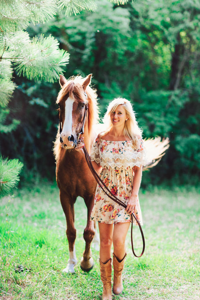 An amazingly sweet and rustic animal farm engagement session in Texas with their horses and dogs // photos by Kristen Curette Photography: http://www.kristencurette.com || see more on https://blog.nearlynewlywed.com