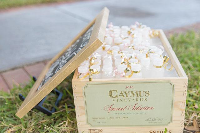 A blush and gold DIY wedding at Davis Islands Garden Club | Kristen Marie Photography: http://www.KristenMariePhotog.com