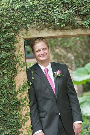 An intimate wedding at Bok Tower Gardens with a non-traditional wedding dress | Kristen Marie Photography: http://kristenmariephotog.com