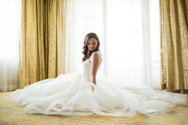 A classic plum and pink downtown Tampa wedding | Life's Highlights