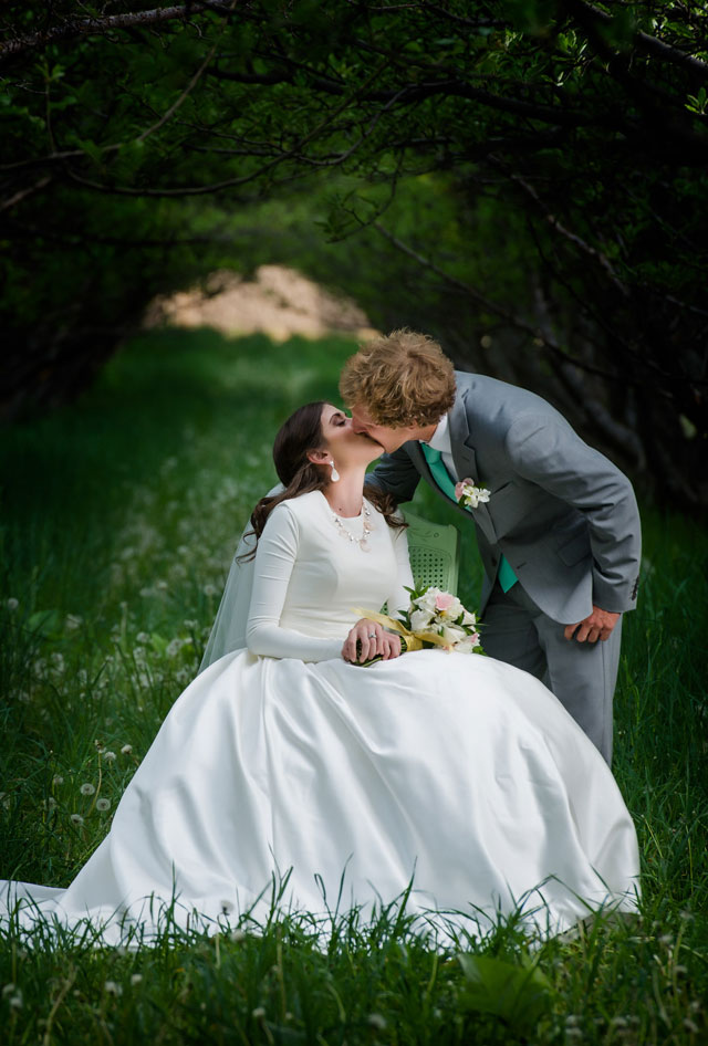 An intimate formal session in a secluded orchard in Provo | Lindsey Black Photography: http://lindseyblackphoto.com