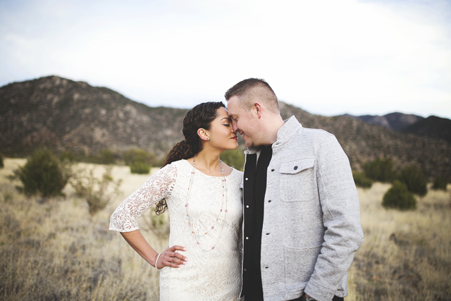 A chic and stylish Sandia Mountains engagement session // photos by Liz Anne Photography: http://www.lizannephotography.net || see more on https://blog.nearlynewlywed.com