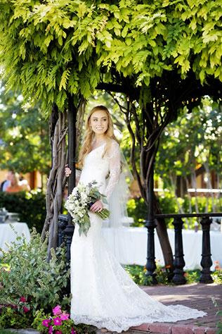 A sweet summertime fairy tale Wadley Farms wedding by Logan Walker Photography
