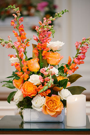 Classic orange and blue preppy wedding ideas   Marissa Moss Photography: www.marissa-moss.com
