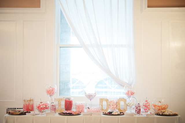 A coral and gold summer wedding with an awesome dessert table by Meaghan Elliott Photography || see more on blog.nearlynewlywed.com