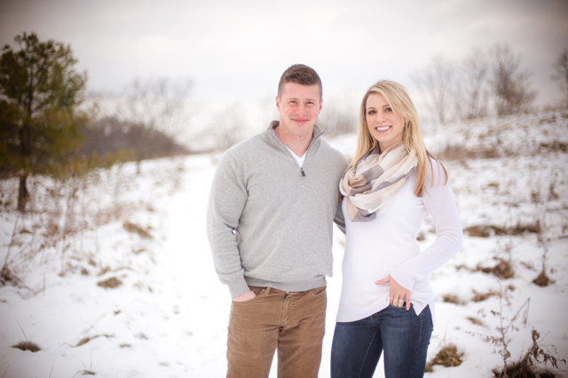 A sweet, snowy winter engagement session in Pittsburgh // photos by Meaghan Elliott Photography: http://www.mephotography.com || see more on https://blog.nearlynewlywed.com