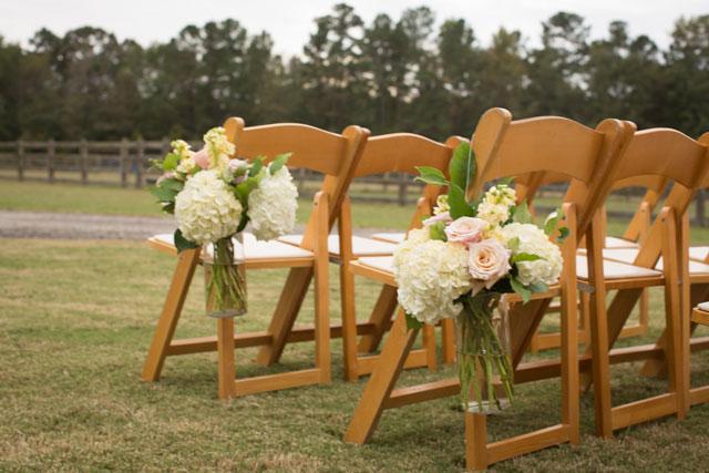 A romantic pastel-hued Southern plantation home wedding   Megan Manus Photography: http://www.meganmanusphotography.com