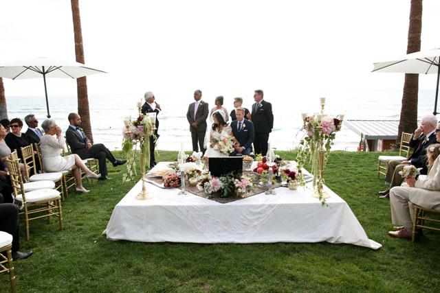 A summer La Jolla beach wedding with Persian details   Melissa McClure Photography: http://www.melissamcclure.com