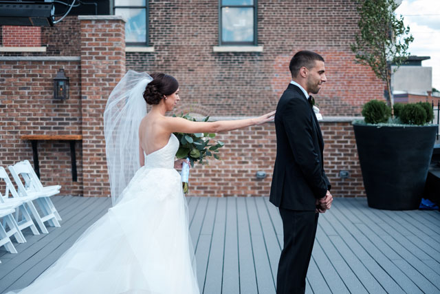 A modern and industrial summertime rooftop conservatory wedding by Mindy Joy Photography