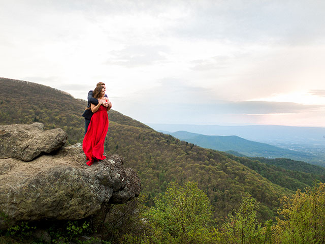 A romantic sunset mountain engagement session in the Blue Ridge Mountains at Shenandoah National Park by Molly Lichten Photography