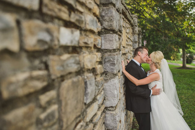 A classic and elegant destination Southern garden wedding in Nashville | Paul Rowland Photography