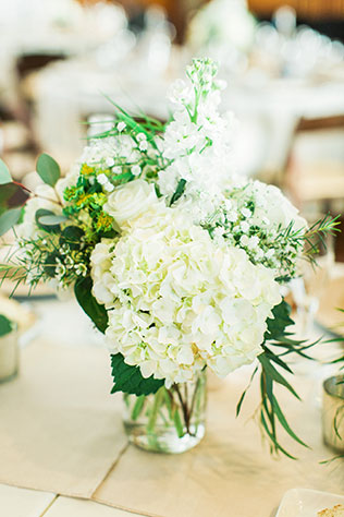 A destination La Jolla waterfront wedding at the gorgeous Scripps Seaside Forum by Pauline Conway Photography