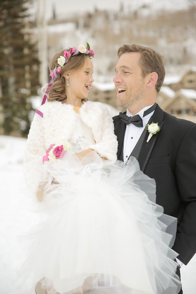 A glam and romantic snowy lodge wedding in Utah by Pepper Nix Photography