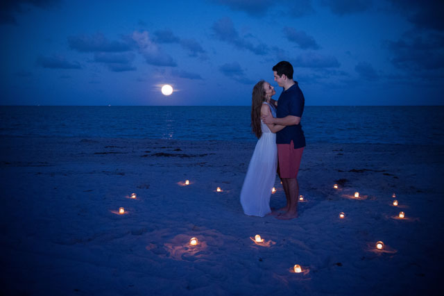 A romantic engagement session at Fairchild Tropical Botanic Garden and Key Biscayne // photos by PhotoNotions Photography, LLC: http://www.tjphotonotions.com || see more on https://blog.nearlynewlywed.com