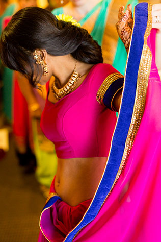 A vibrant and colorful multicultural Oakmont Park wedding by Reuben Castro Photography