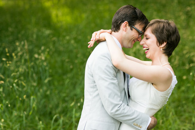 A warm and elegant June wedding at the Brooklyn Botanic Gardens   Sarah Tew Photography: www.sarahtewphotography.com