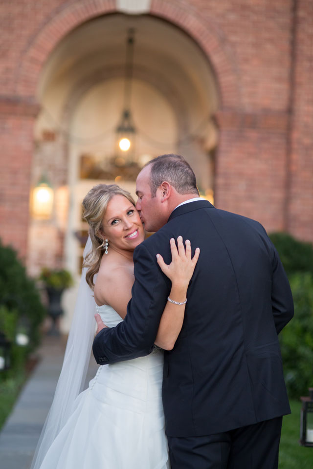 A warm and elegant candlelit ceremony at the New Haven Lawn Club | Simply K Studios: http://www.simplykstudios.com