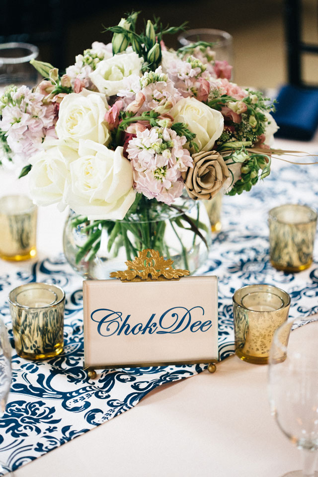 A charming Southern blue floral wedding in South Carolina   Smith photos+ink: http://smithphotosandink.com