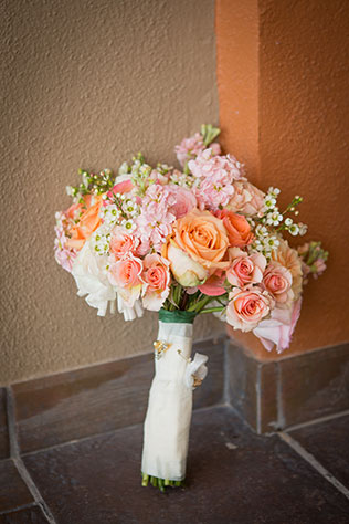 A classic pink and gold Rocky Point beach wedding in Mexico by Stacey Poterson Photography