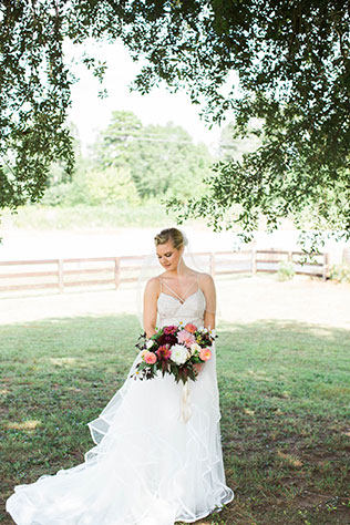 A romantic autumn Ellery Farms wedding by Victoria Elizabeth Photography