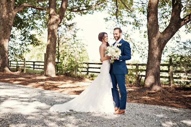 A craft beer themed fall Summerfield Farms wedding by Whitebox Photo and Carly Marie Events